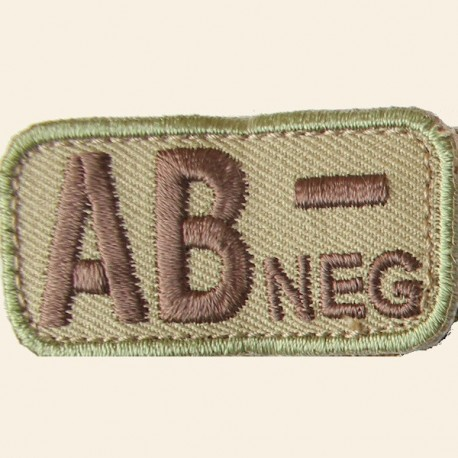Patches Mil-Spec Monkey Blood Types AB- Négatif Multicam 5cm x 2,5cm